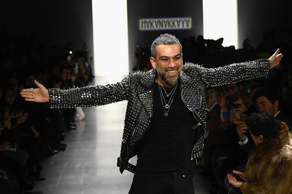 826b6e5fe5f2d Hakan Akkaya New York Fashion Week'te!